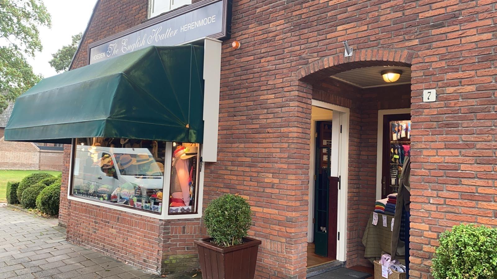 Laren, Naarderstraat